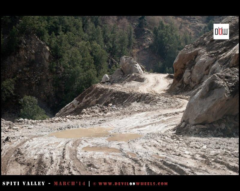 The slush filled roads continues in Kinnaur