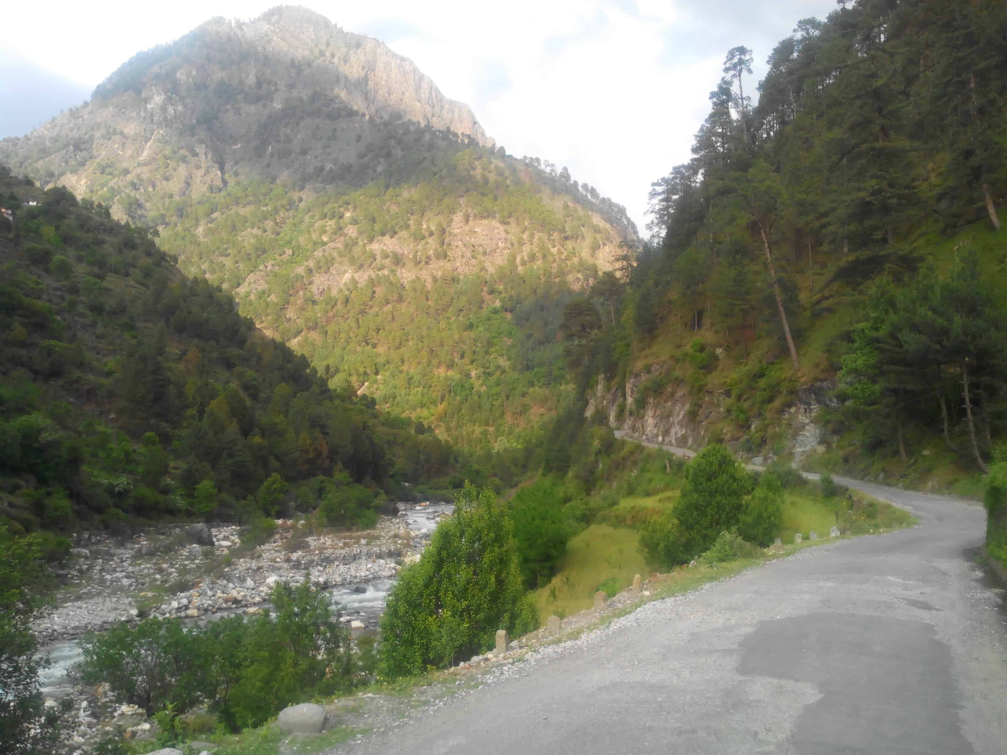 Tirthan River, first view