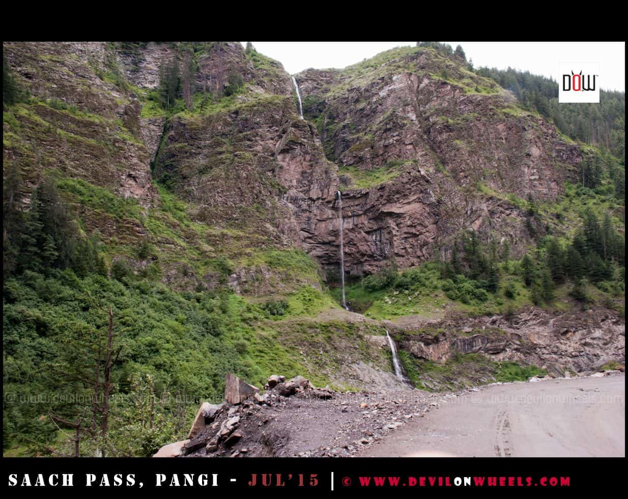 In the land of Waterfalls - Pangi Valley