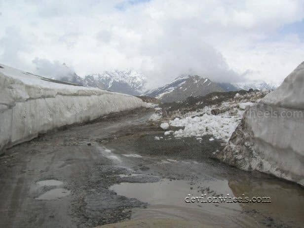 Views after crossing Rohtang Pass towards Gramphu