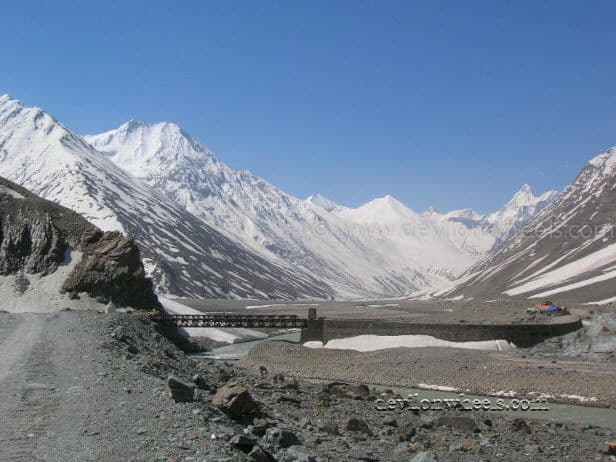 Views on Kaza - Kunzum Pass - Battal - Manali Road in June